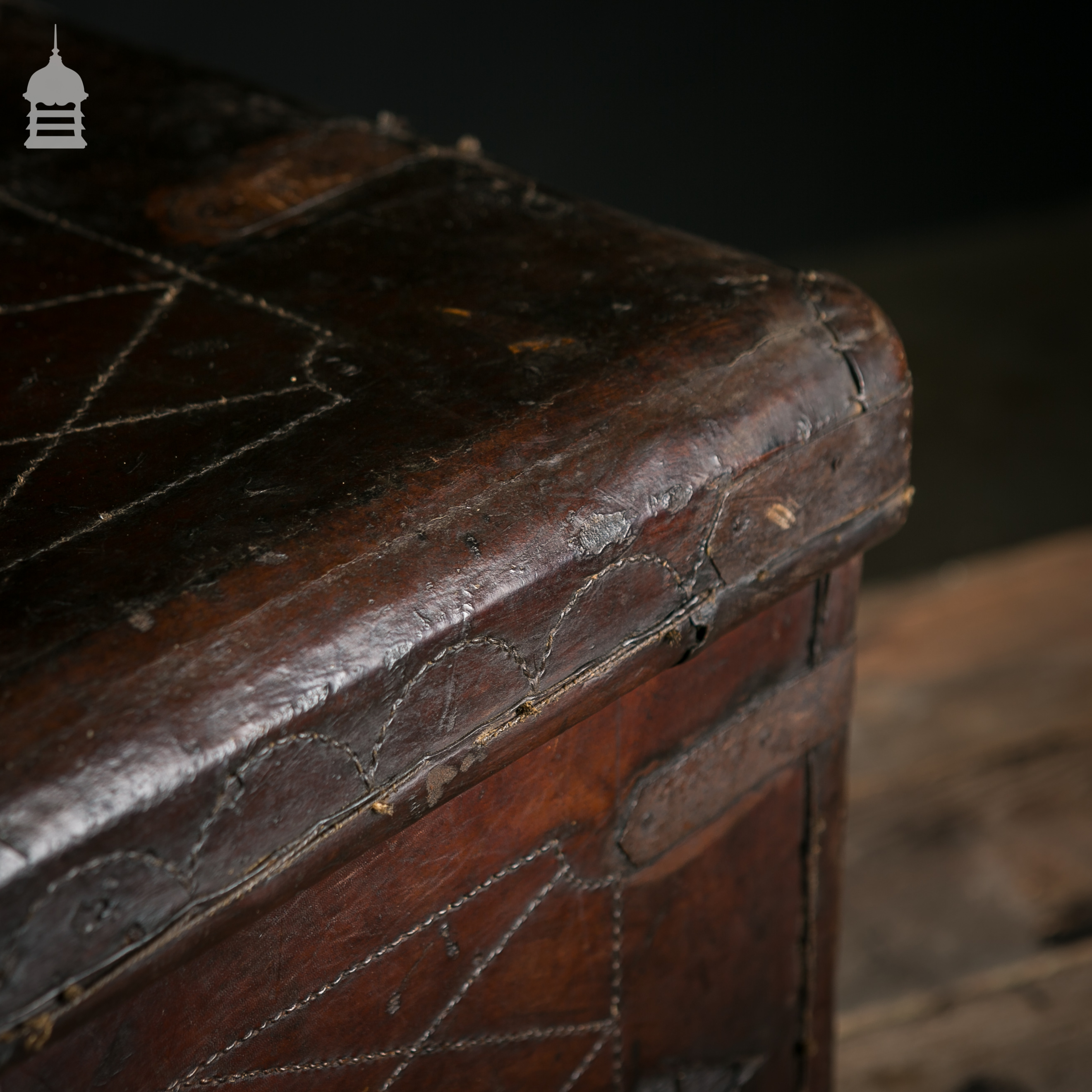 Beautiful Victorian Brown Leather Luggage Chest Trunk with Original Handles 9