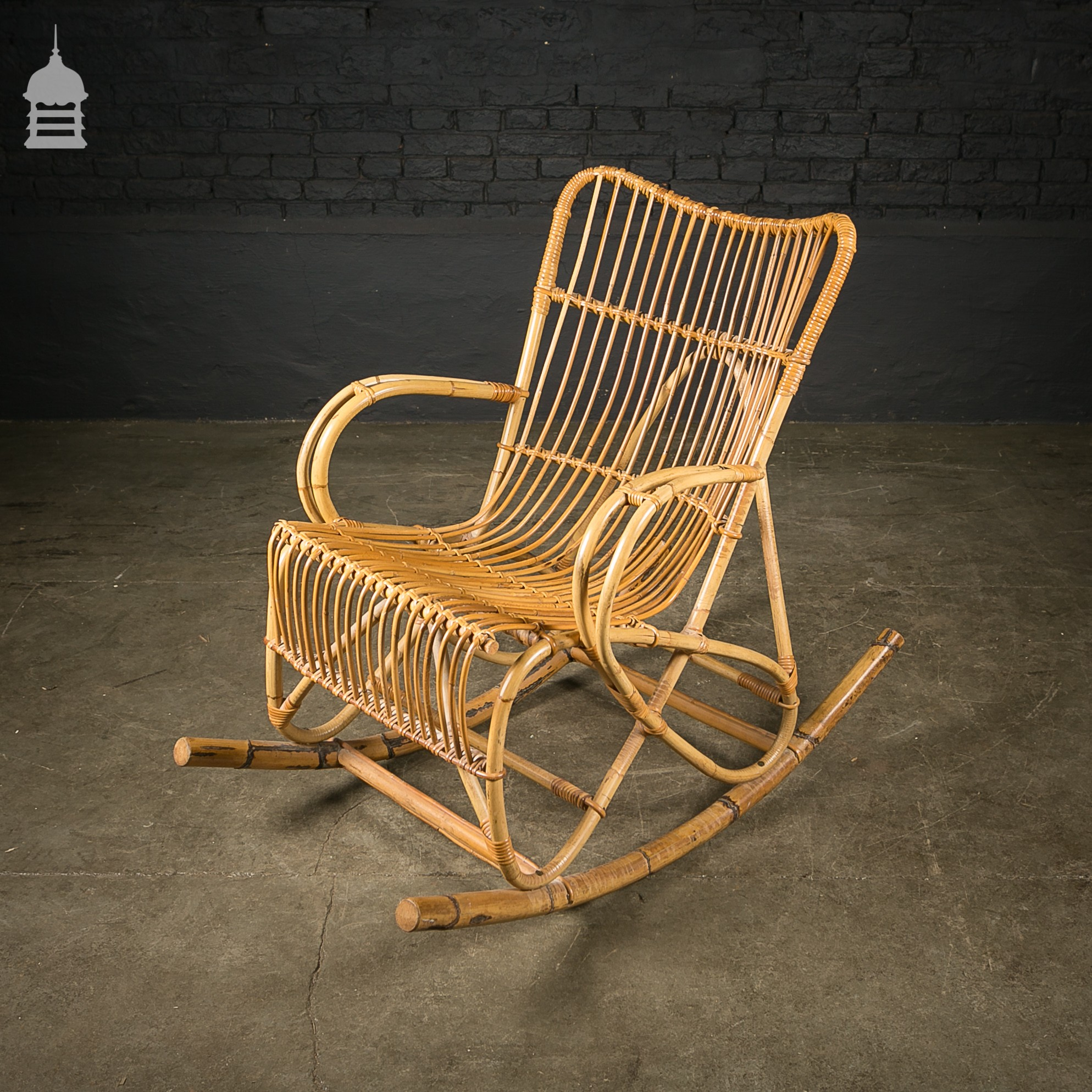 immaculate cane rocking chair seating antiques all stock. Black Bedroom Furniture Sets. Home Design Ideas