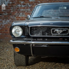 Ford Mustang 6 Cylinder 3.3L Matt Black 1966 Auto Coupe