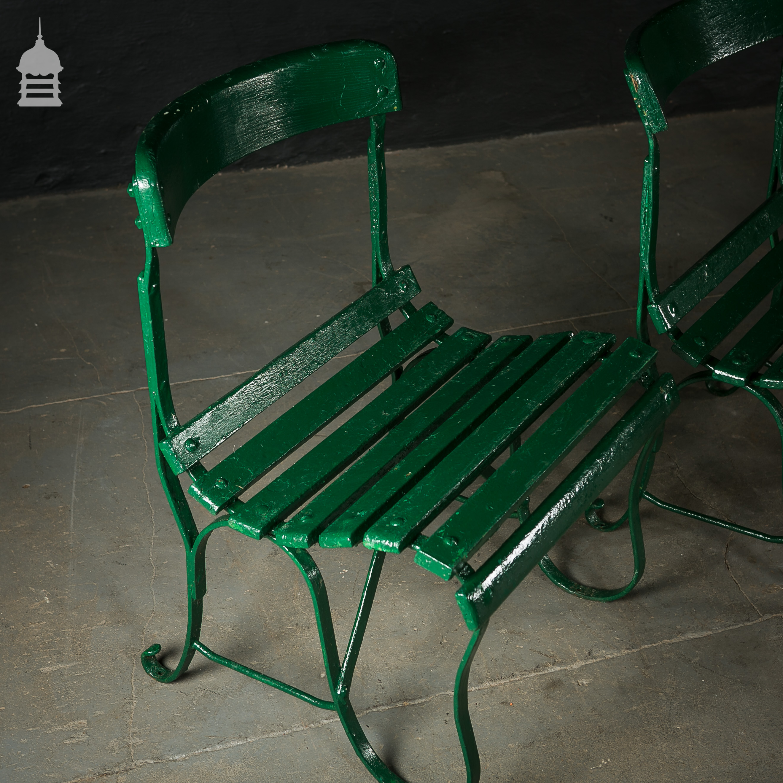 4 Wrought Iron Garden Chairs with Hardwood Slats 6