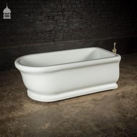 5.5ft Victorian Ceramic Twyfords Bath with Moulded Plinth