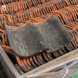 Reclaimed Machine Made 'Smut' or 'Smutt' Roof Pan Tiles - Pantiles