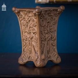 19th C Doulton Lambeth Silicon Ware Vase with Ivy Leaf Design 1881