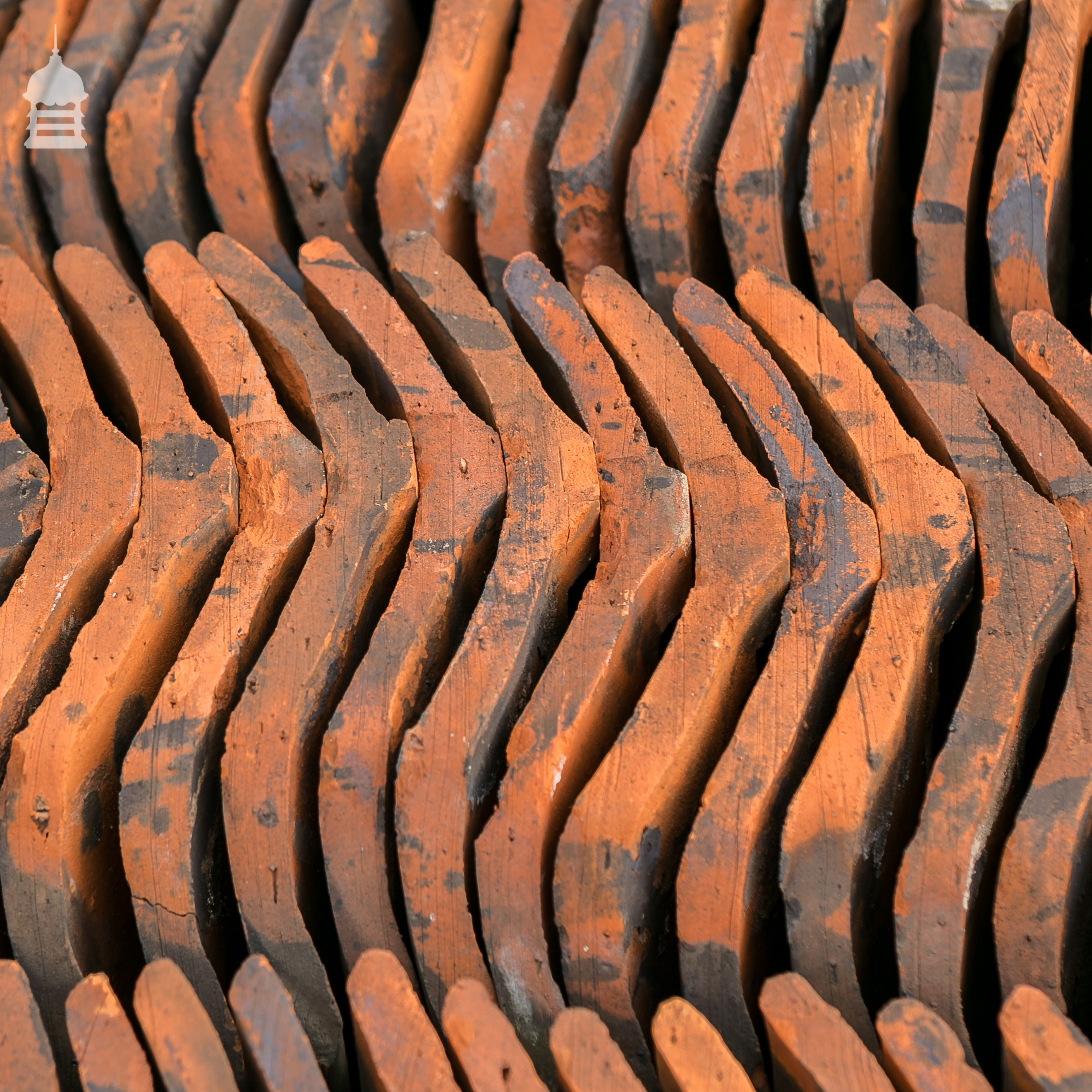 Reclaimed Machine Made Smut Or Smutt Roof Pan Tiles