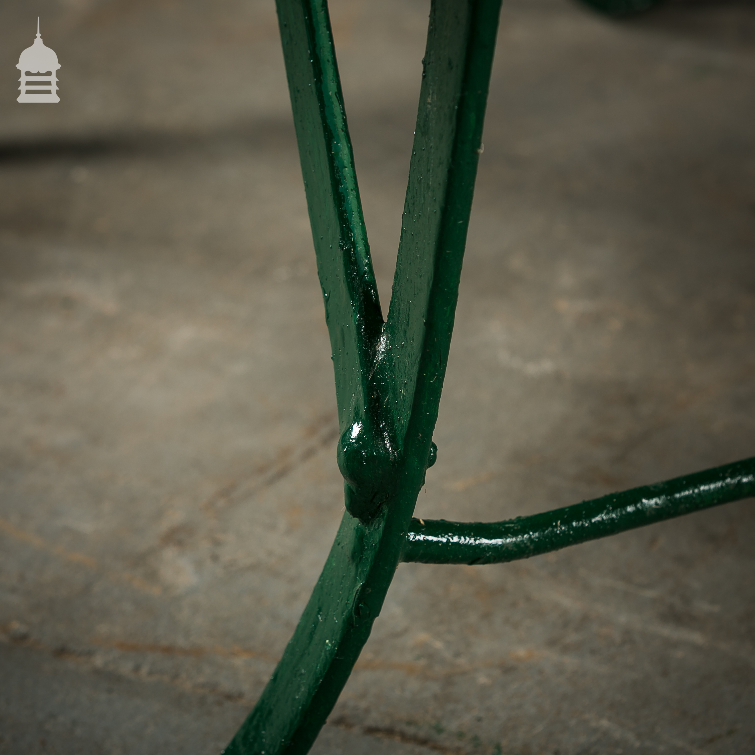 4 Wrought Iron Garden Chairs with Hardwood Slats 7